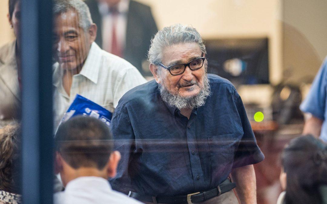 MP dispone cremación de genocida Abimael Guzmán