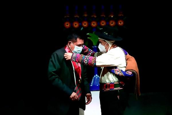 Personalidades del arte de Huamanga recibieron distinción