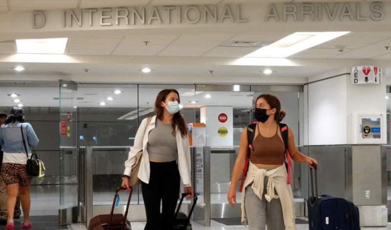 EE.UU. cierra sus fronteras para viajeros que han recibido la vacuna rusa Sputnik V
