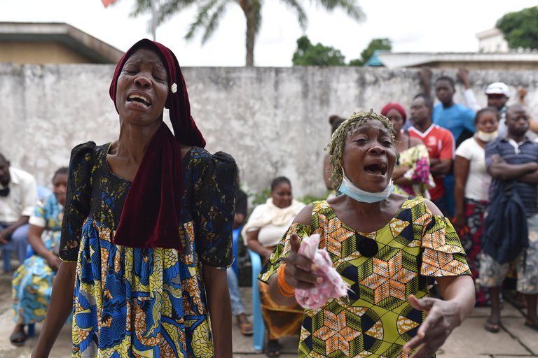 Caza de brujas en el Congo: quemaron vivas a ocho mujeres en el último mes