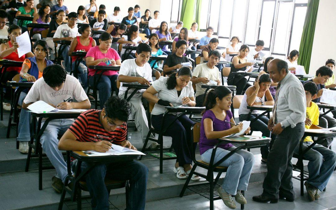 Regreso a clases presenciales en educación superior será decisión de universidades