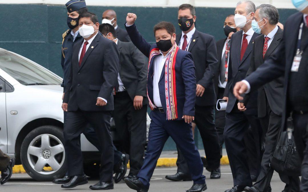 Acción Popular está a favor de censurar al gabinete Bellido