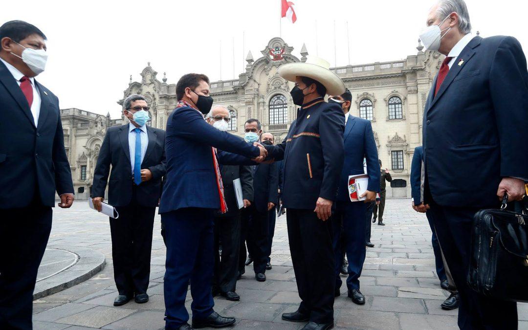 Perú Libre alista golpe a Castillo