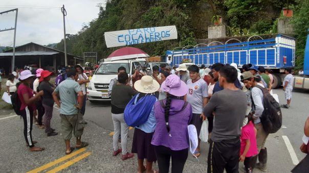 Cocaleros bloquean carretera Interoceánica
