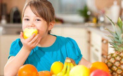 Los niños que comen más verduras y frutas tienen mejor salud mental