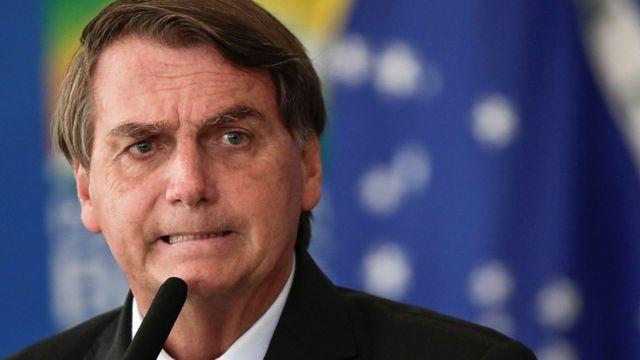 Eliminan video en el que Jair Bolsonaro vincula vacuna del COVID-19 al sida