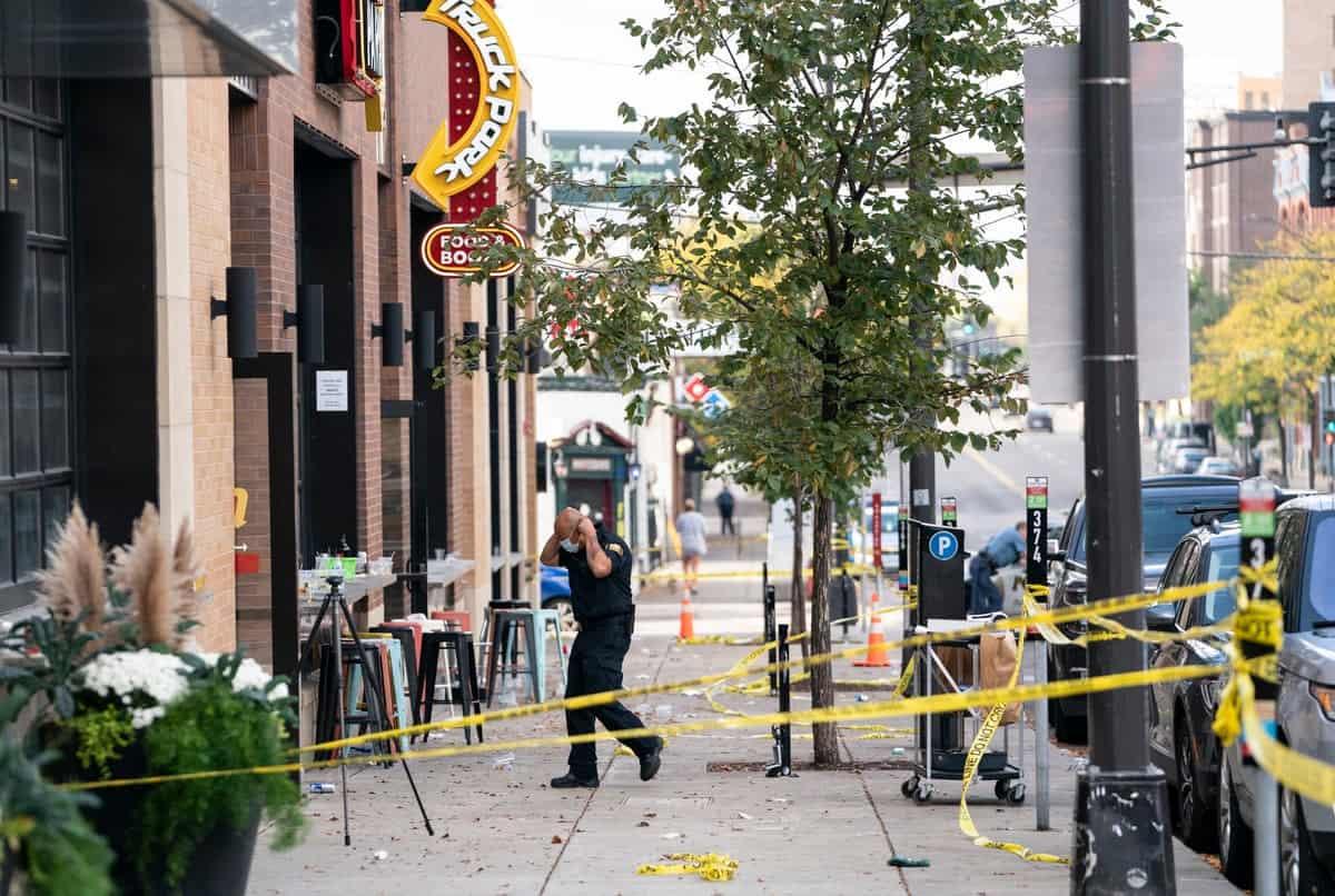 EEUU: tiroteo en bar deja 1 muerto y 14 heridos.