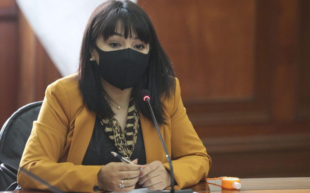 Mirtha Vásquez se presentará ante el Congreso este 25 de octubre
