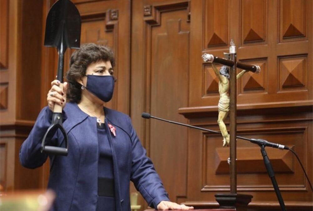 Silvia Monteza asegura que la Asamblea Constituyente es un capricho de Perú Libre