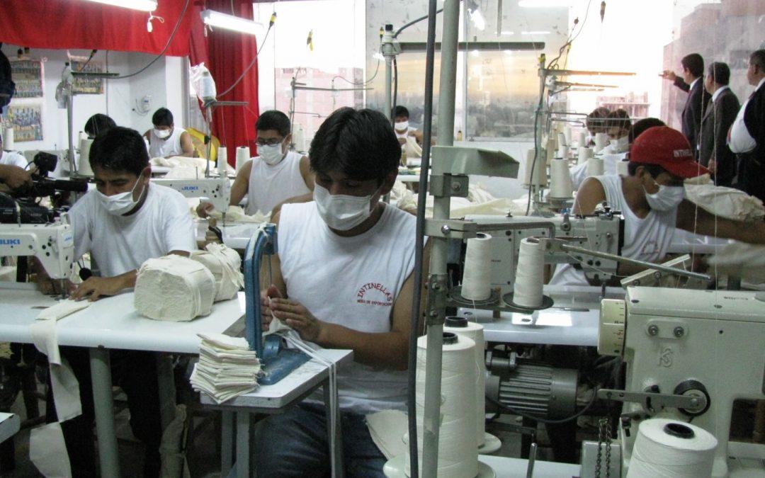 AP plantea reformas laborales que irían contra los trabajadores