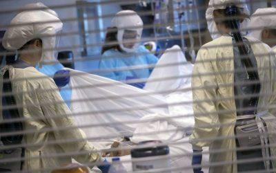 Estados Unidos reporta más de 700 mil muertos por COVID