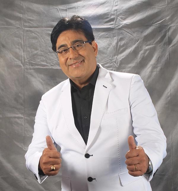 Lucho Paz padece por problema de sordera