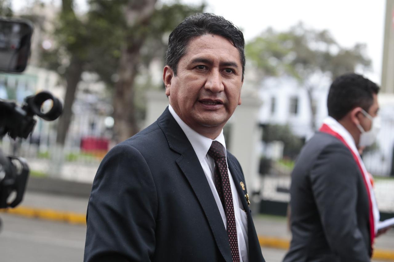 Cerrón seguirá impedido de ejercer cargos públicos
