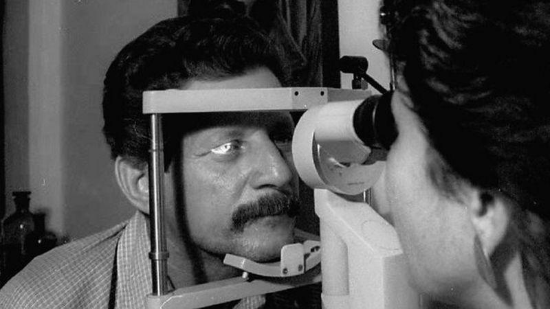 Médico resuelve origen de epidemia que dejó más de 50 mil ciegos en Cuba