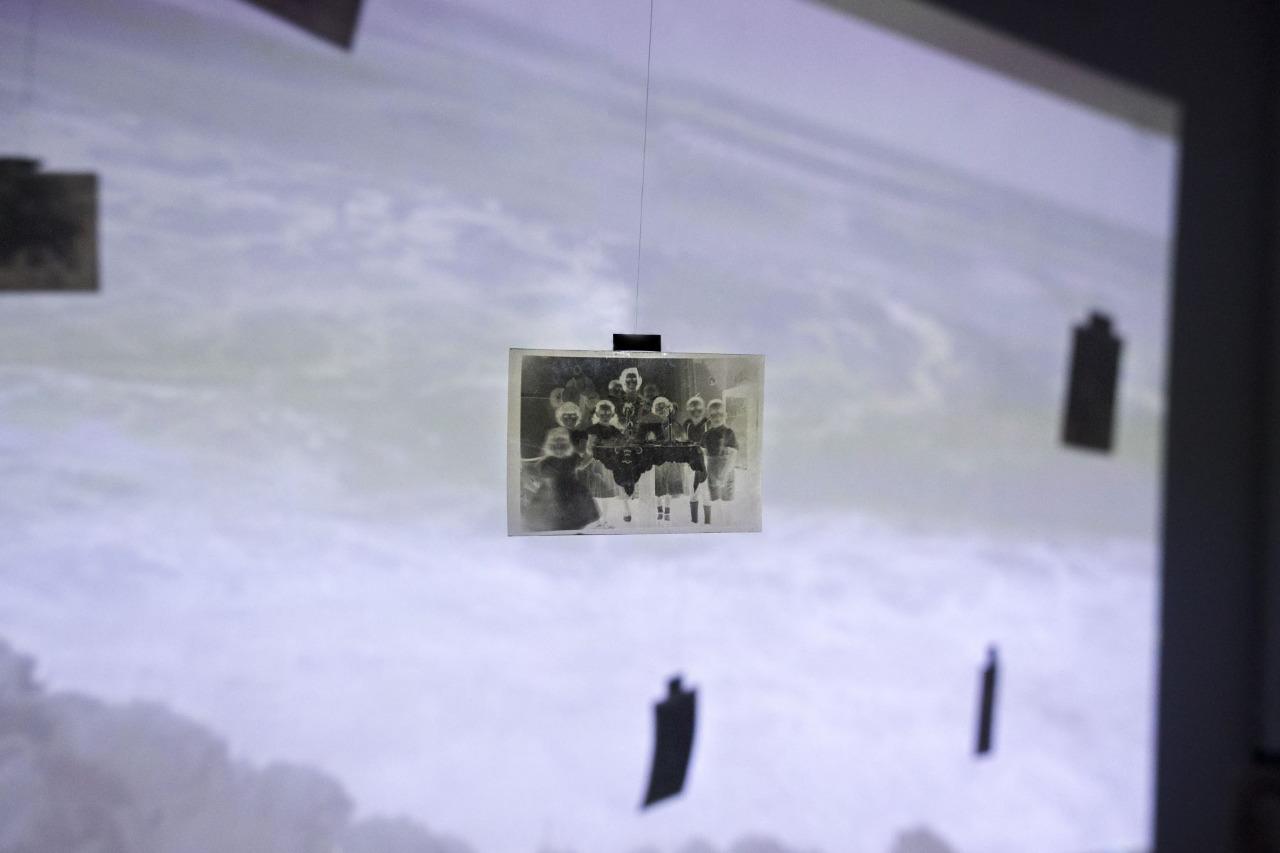 """Presentan exposición presencial """"Entre océanos"""" de Luciana Merino"""