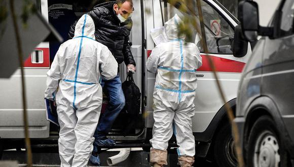 Rusia registra 973 muertes por COVID-19 en 24 horas