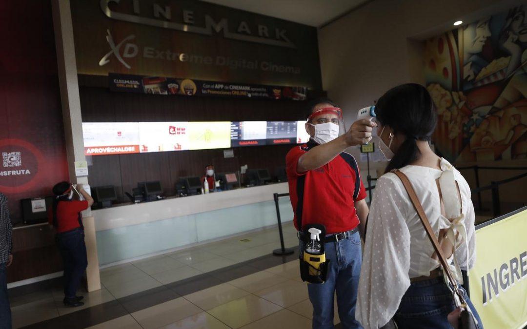 Cinemark y Cineplanet: Conoce los locales que permiten el ingreso de alimentos si tienen vacunación completa