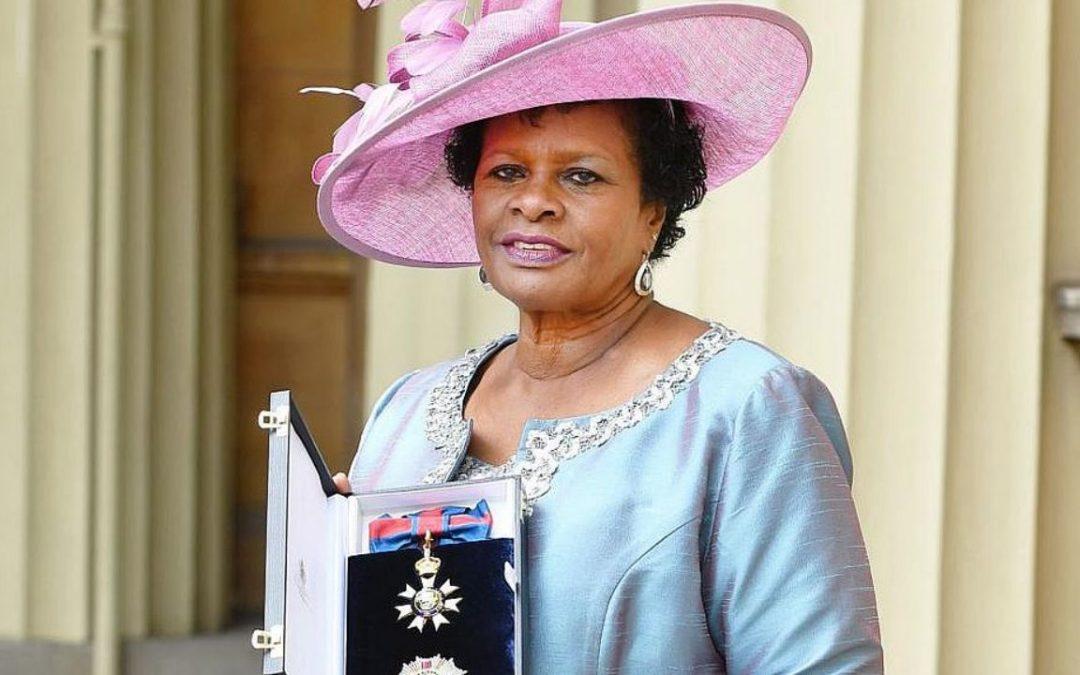 Barbados rompe con la corona inglesa y elige primera presidenta