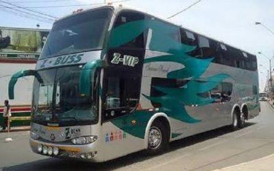 Desalojo en terminal de Acho perjudica a pasajeros de la empresa Z Buss