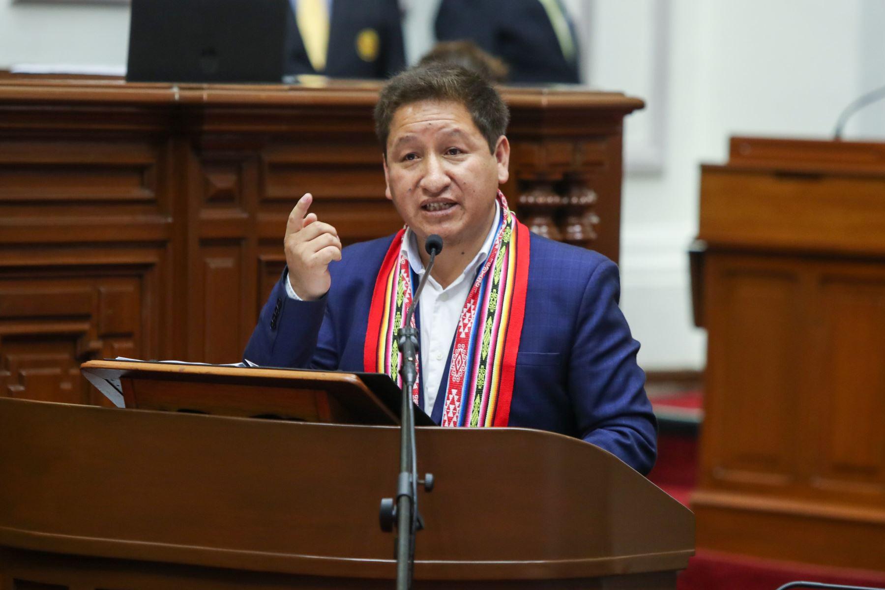 Guido Bellido: Poder Judicial ordena que pase por terapia piscológica por agresión verbal contra Patricia Chirinos