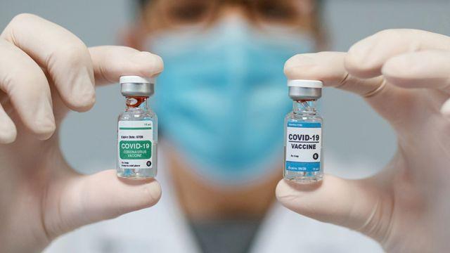¿Es recomendable la combinación de vacunas contra el COVID-19?