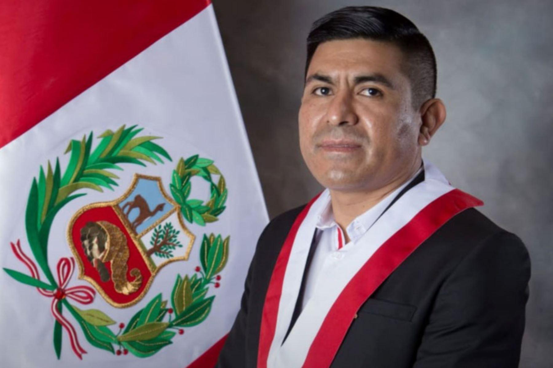 """Congresista de Perú Libre sobre Barranzuela: """"¿Quién lo ha designado?"""""""
