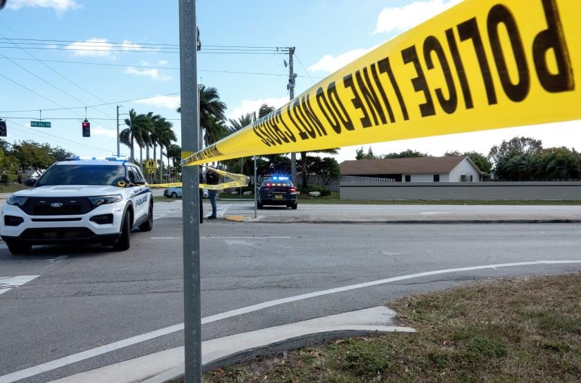 Estados Unidos: Hombre mata a tres compañeros de su trabajo a batazos y cuchilladas