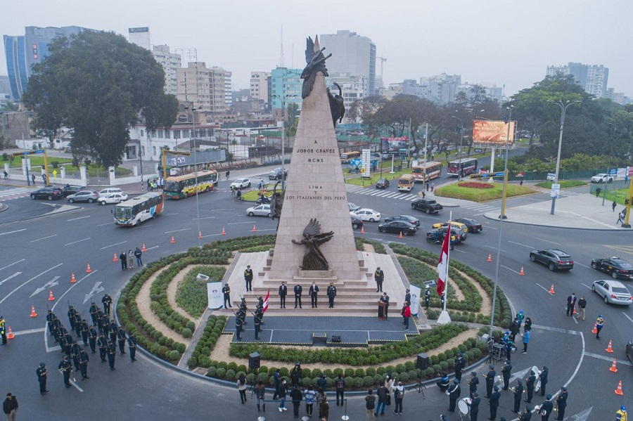 Inauguran monumento restaurado del héroe Jorge Chávez