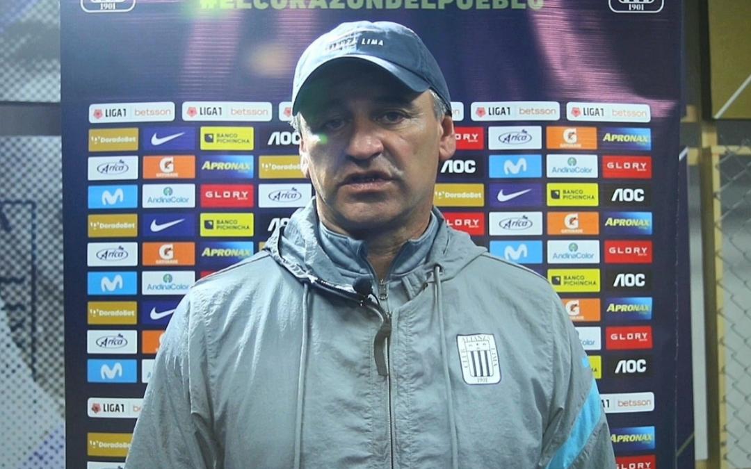 """Carlos Bustos: """"Alianza Lima es un club hermoso»"""