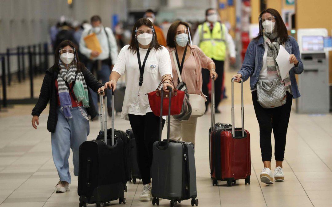Viajeros con dosis de diferentes vacunas podrán ingresar a EE.UU.